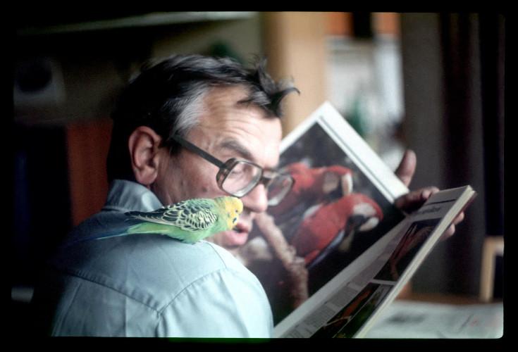 Covid : la République tchèque rend hommage à un libraire historique