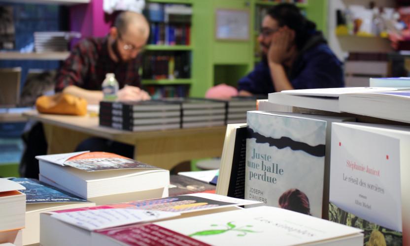 """#AdopteUnLibraire : """"Il n'y a pas d'écrivain sans librairie"""""""