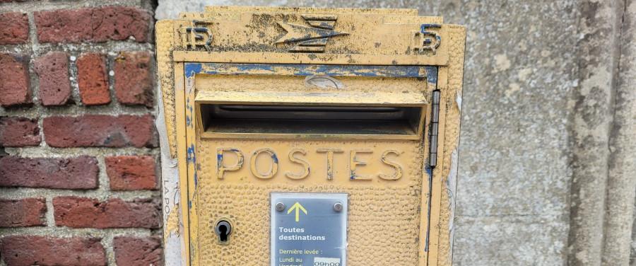 Frais de port : les librairies appelées en renfort contre le lobbying d'Amazon