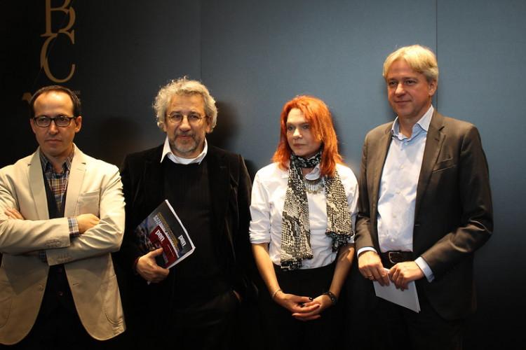 L'écrivain Burhan Sönmez élu président du PEN International
