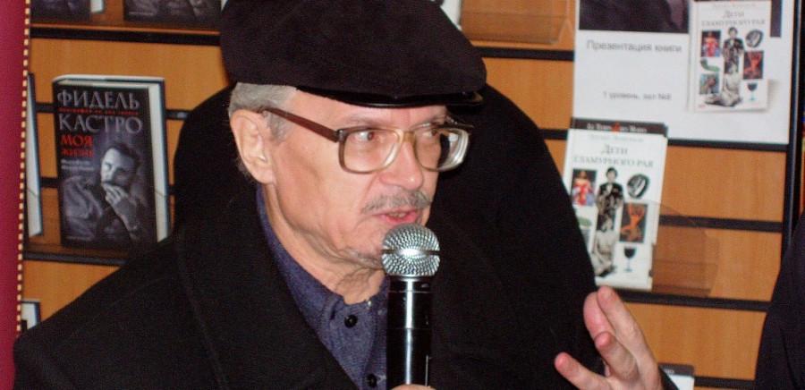 L'écrivain Édouard Limonov vengé par la Cour européenne des Droits de l'Homme