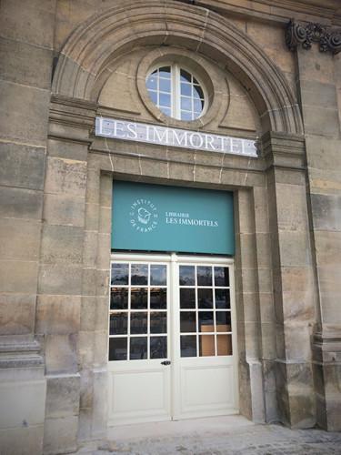 Les Immortels : une librairie située Quai de Conti pour l'Institut de France