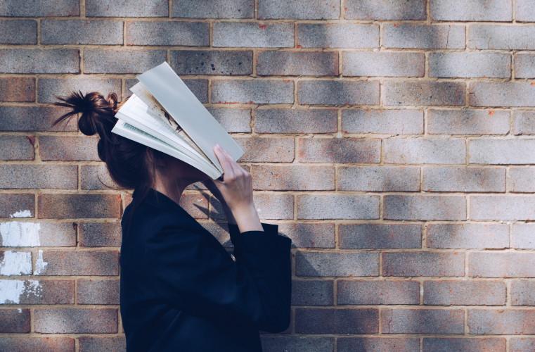 Pour votre santé, et pas que mentale, 15 minutes de lecture par jour !