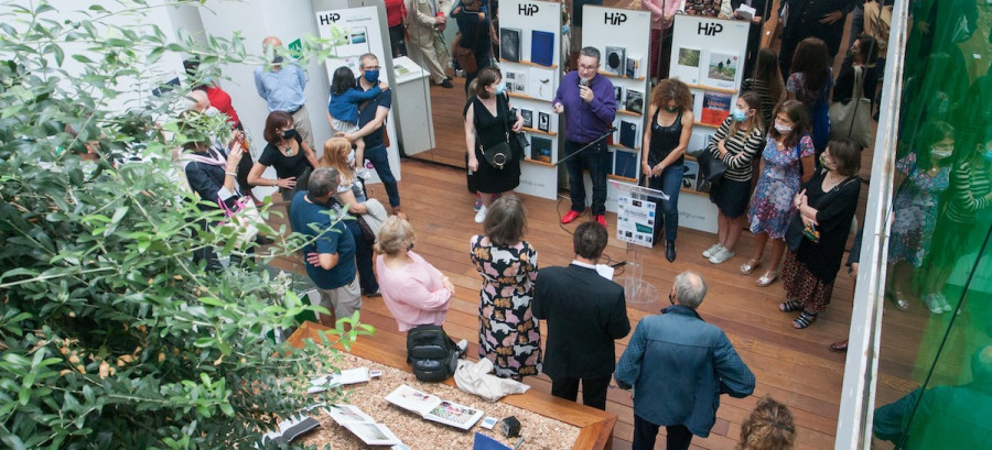 Exposition de livres photographiques : 40 femmes, à livre ouvert