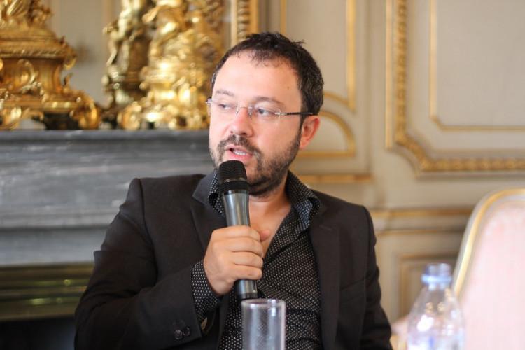 Le 4 novembre, Envoyé spécial mène l'enquête sur... Riad Sattouf