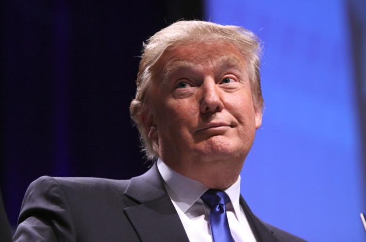 La bibliothèque présidentielle de Donald Trump ouvre ses portes numériques