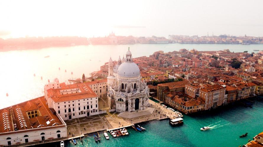 Venise, capitale du cinéma et du livre à la rentrée
