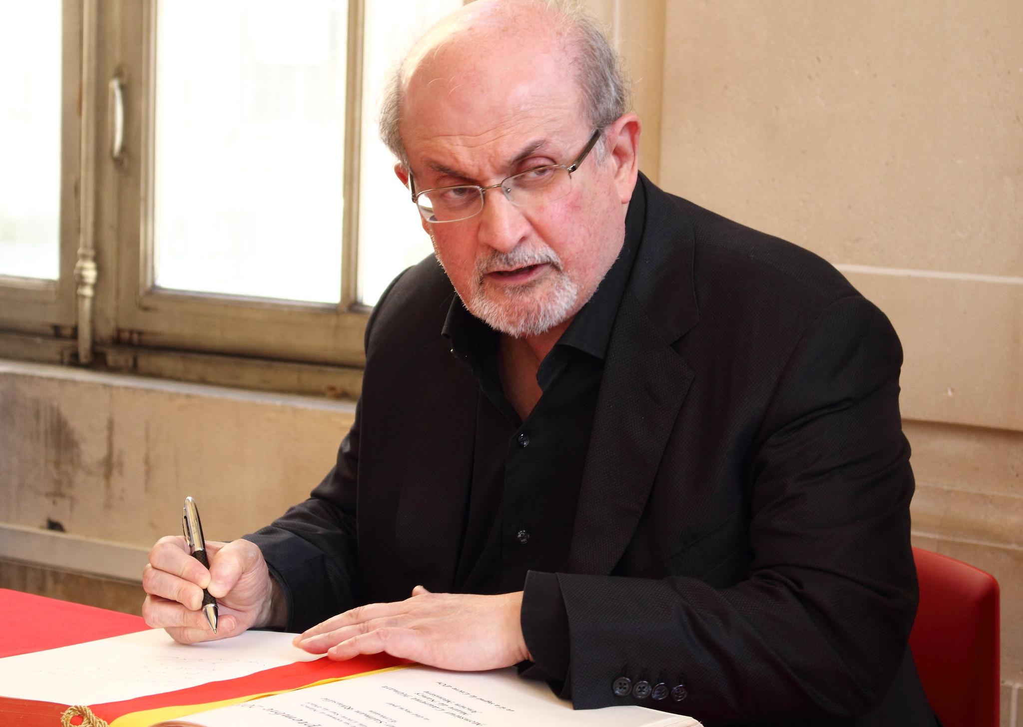 Pour son prochain livre, Salman Rushdie se passera d'éditeur