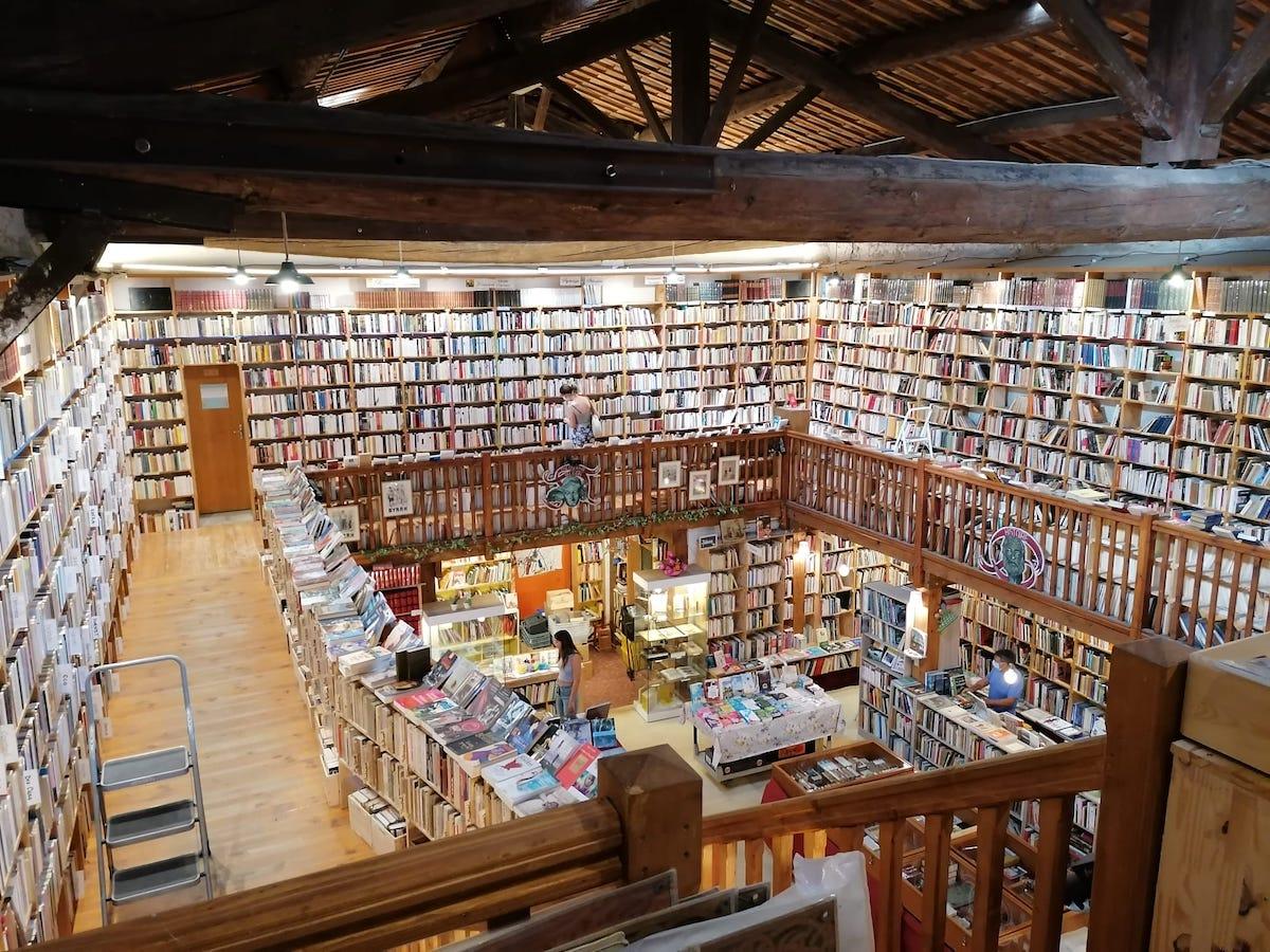 """Le Trouve tout du livre, librairie née du rêve d'un """"chercheur trouveur de livres"""""""